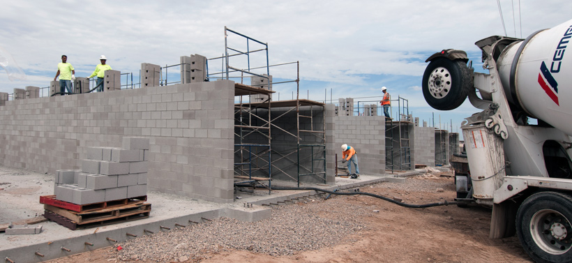 PHOENIX PAVER MFG. New Plant Construction Progress Photos: Kiln walls topping-out.