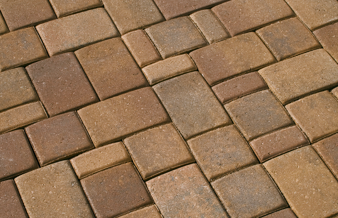 Territorial Blend Pavers set in a Random three piece pattern. Click on  image, or this text, to see detailed large image of this shot - Standard Color Blends